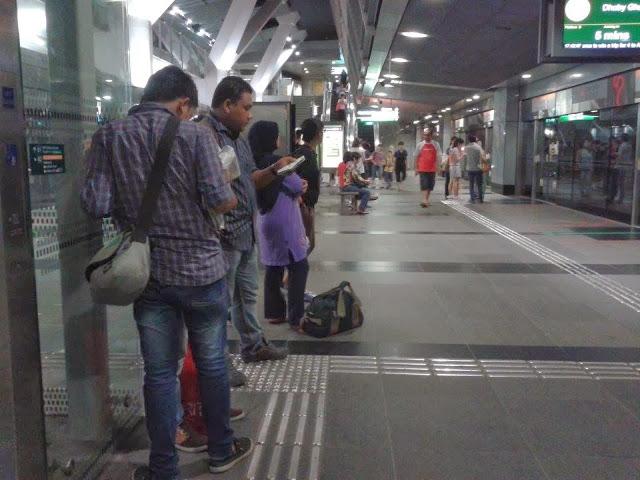 Orang Melayu Kita Takut Bekerja Di Singapura